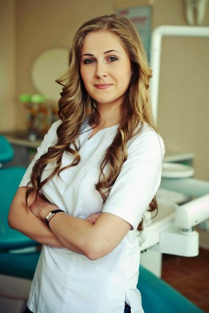 Марианна Коршунская-Мади, стоматолог
