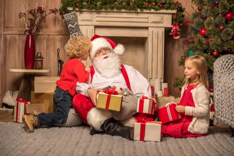 Дети рассказывают стихи Деду Морозу