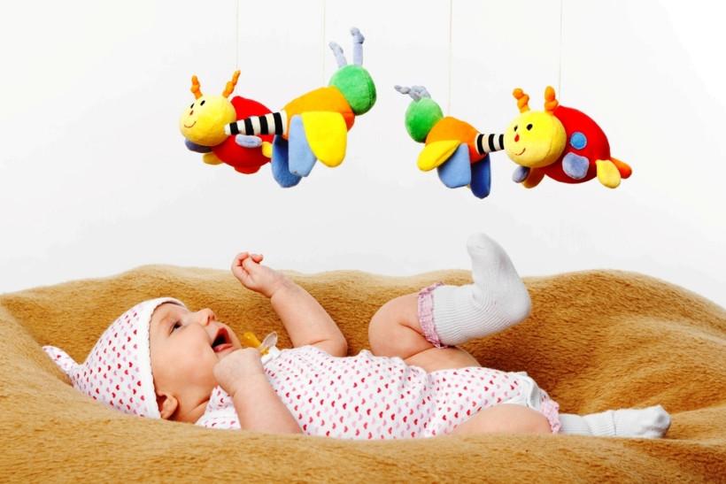 Рейтинг бесполезных покупок для новорожденного