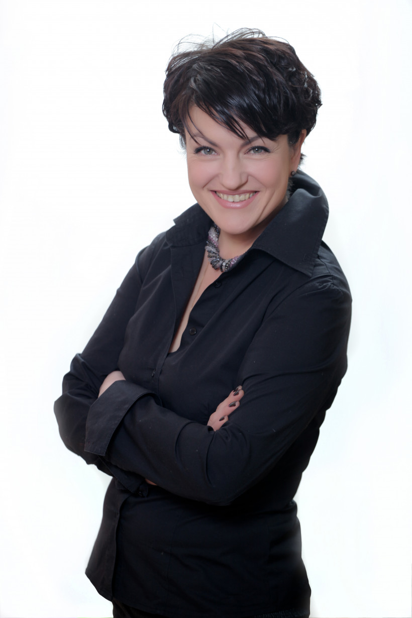 Оксаной Поенко, основатель частной школы нового типа «Мейнстрим»