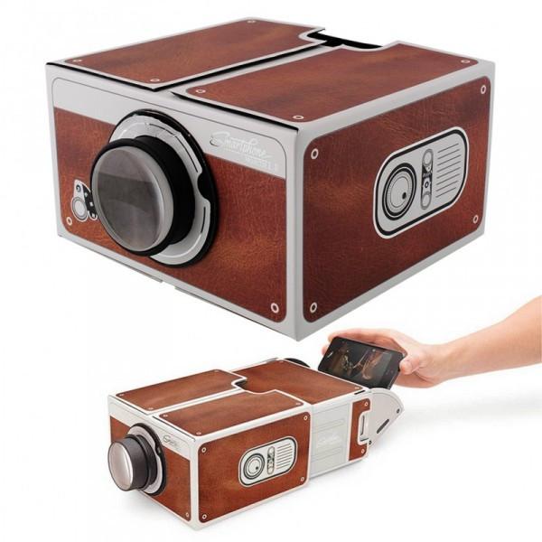 Проектор для смартфона  - гаджет для подростка
