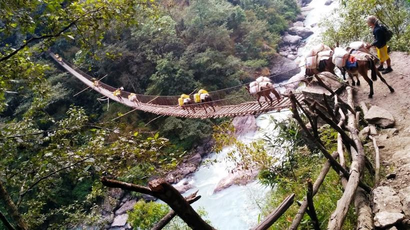 Непал, река