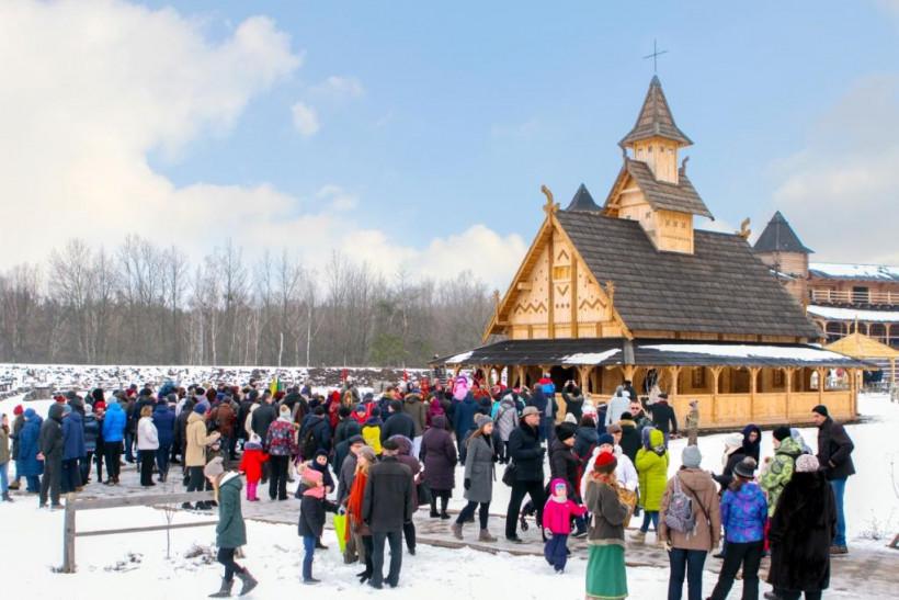 19 января традиционное Крещение в парке Киевская Русь