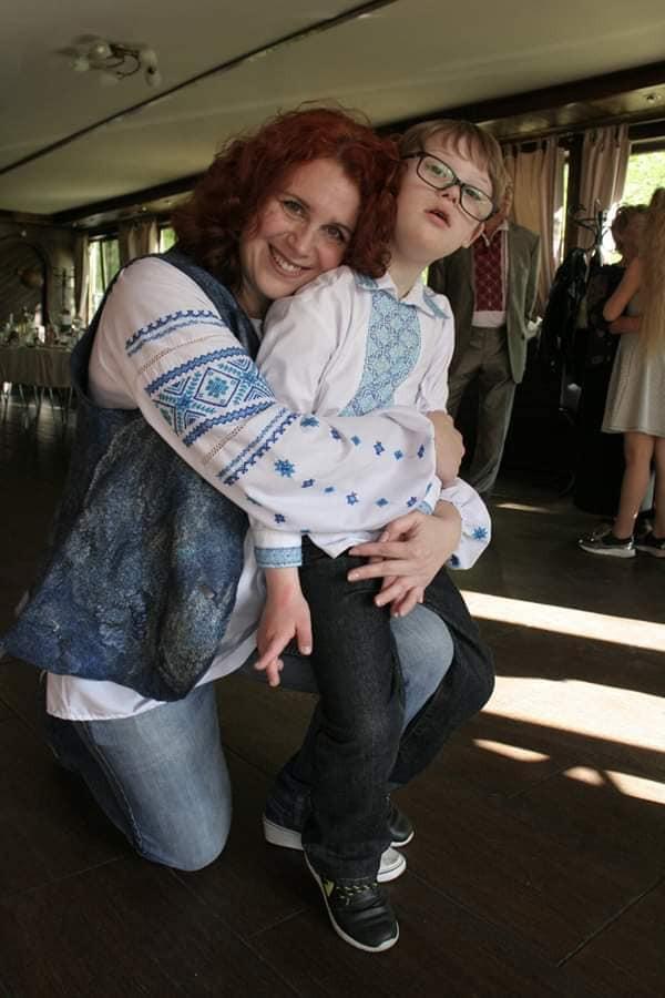 Светлана Махно и Глеб с синдромом Дауна