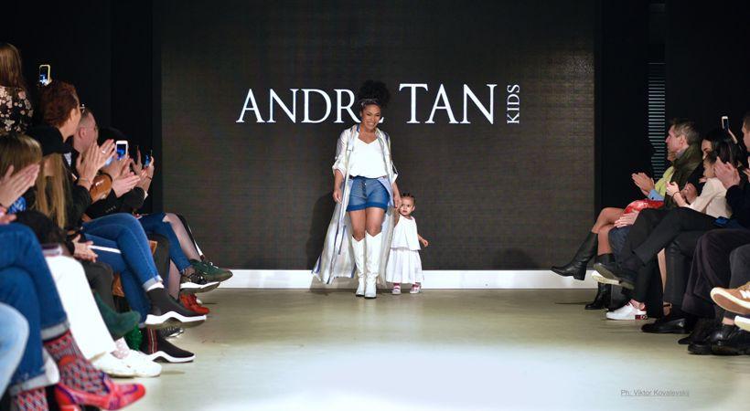 Гайтана з донькою на показі Андре Тана