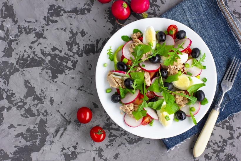 весенние салаты с тунцом