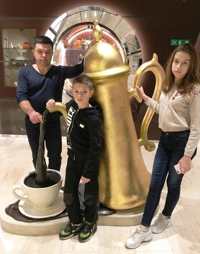 Бебешко София, Антон, Алексей
