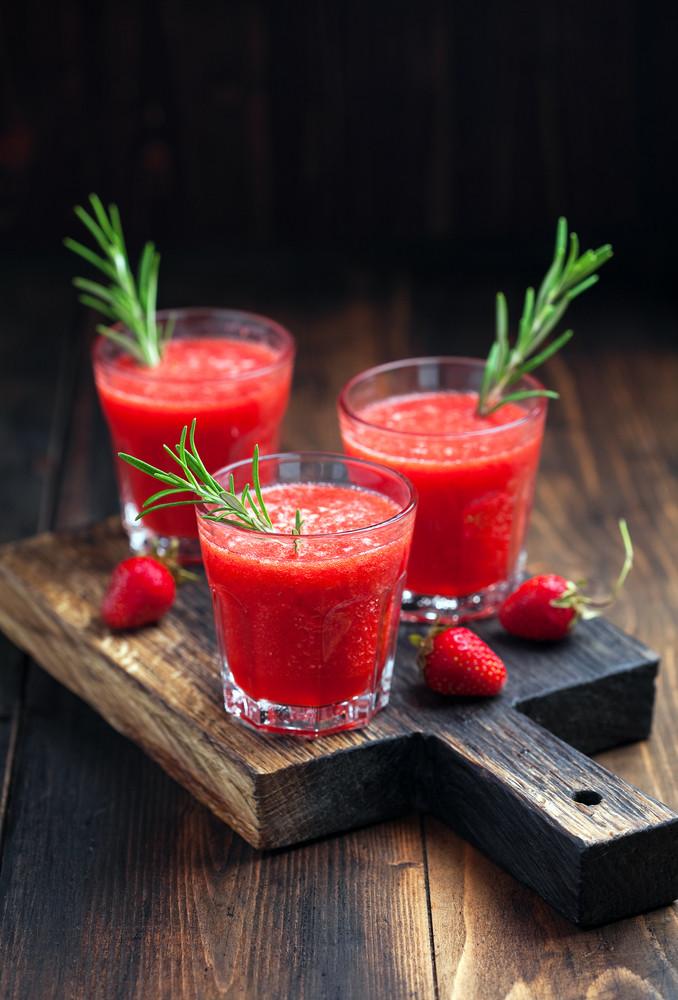 реепти смузі - ягоди