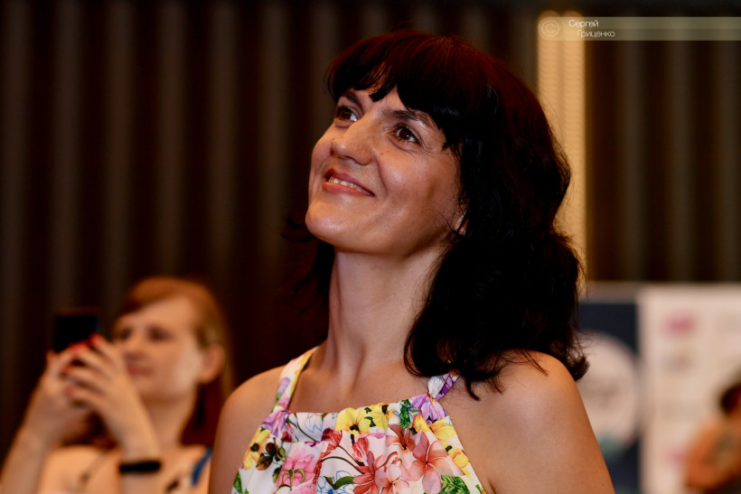 Оксана Шевченко - головний редактор сайту 4мама