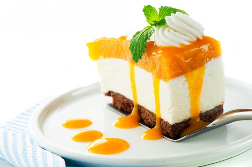 3 рецепта для сладкоежки с красивой фигурой: легкие десерты из ягод