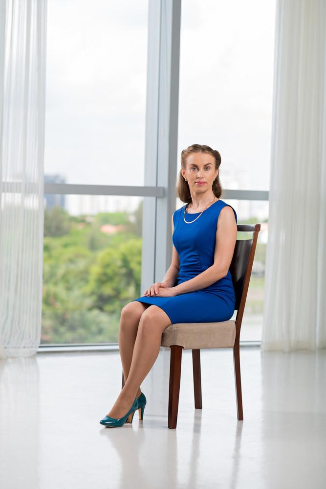 почему нельзя сидеть нога на ногу