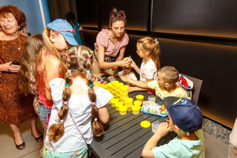 Развлечение для детей на  Тато року от Биодерма