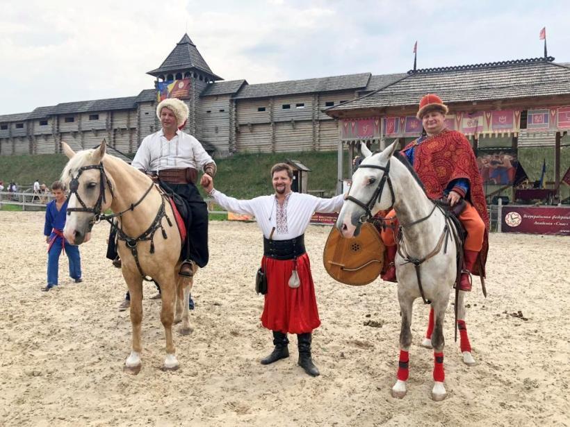 казаки на конях