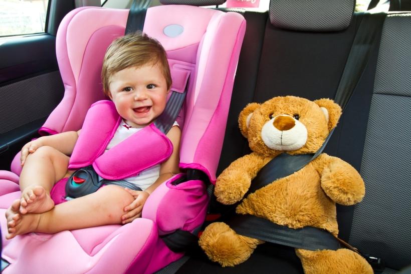 безопасность ребенка в автокресле