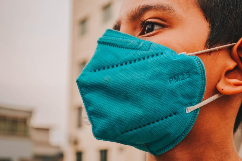 Зачем носить маску при коронавирусе Фото