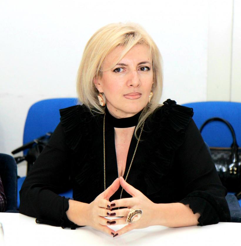 Глава жюри - директор Национального музея Черногории Анастасия Миранович.
