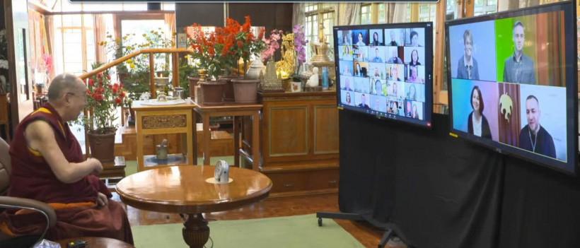 Онлайн-встреча Далай Ламы с украинцами и украинками