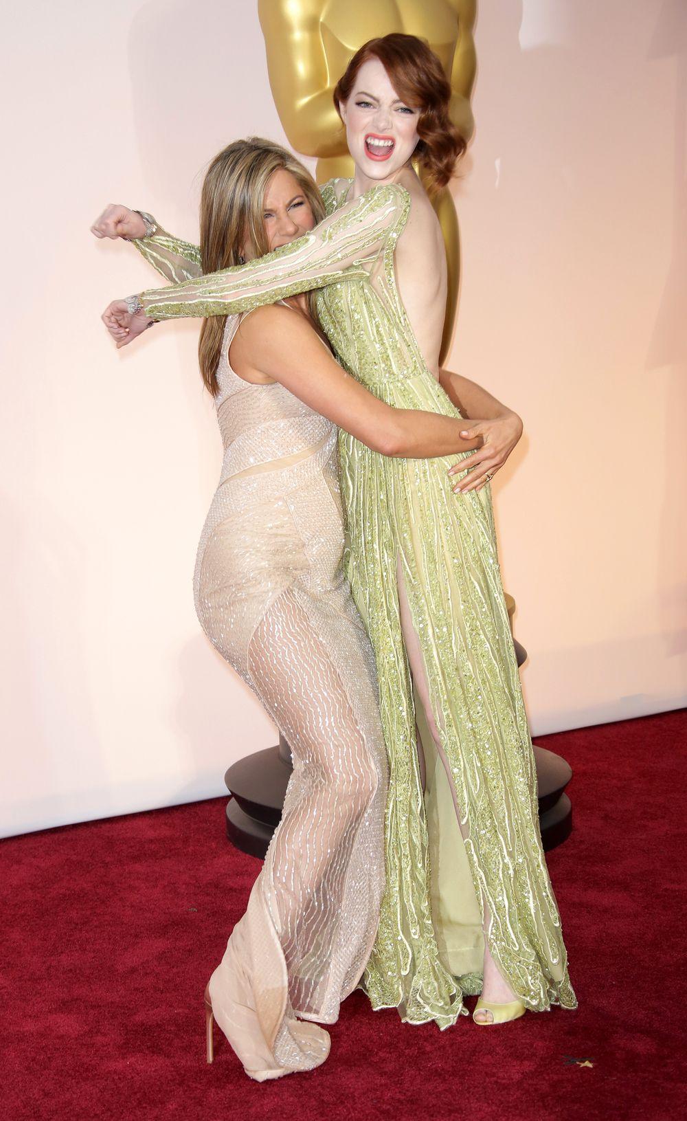 Емма і Дженніфер