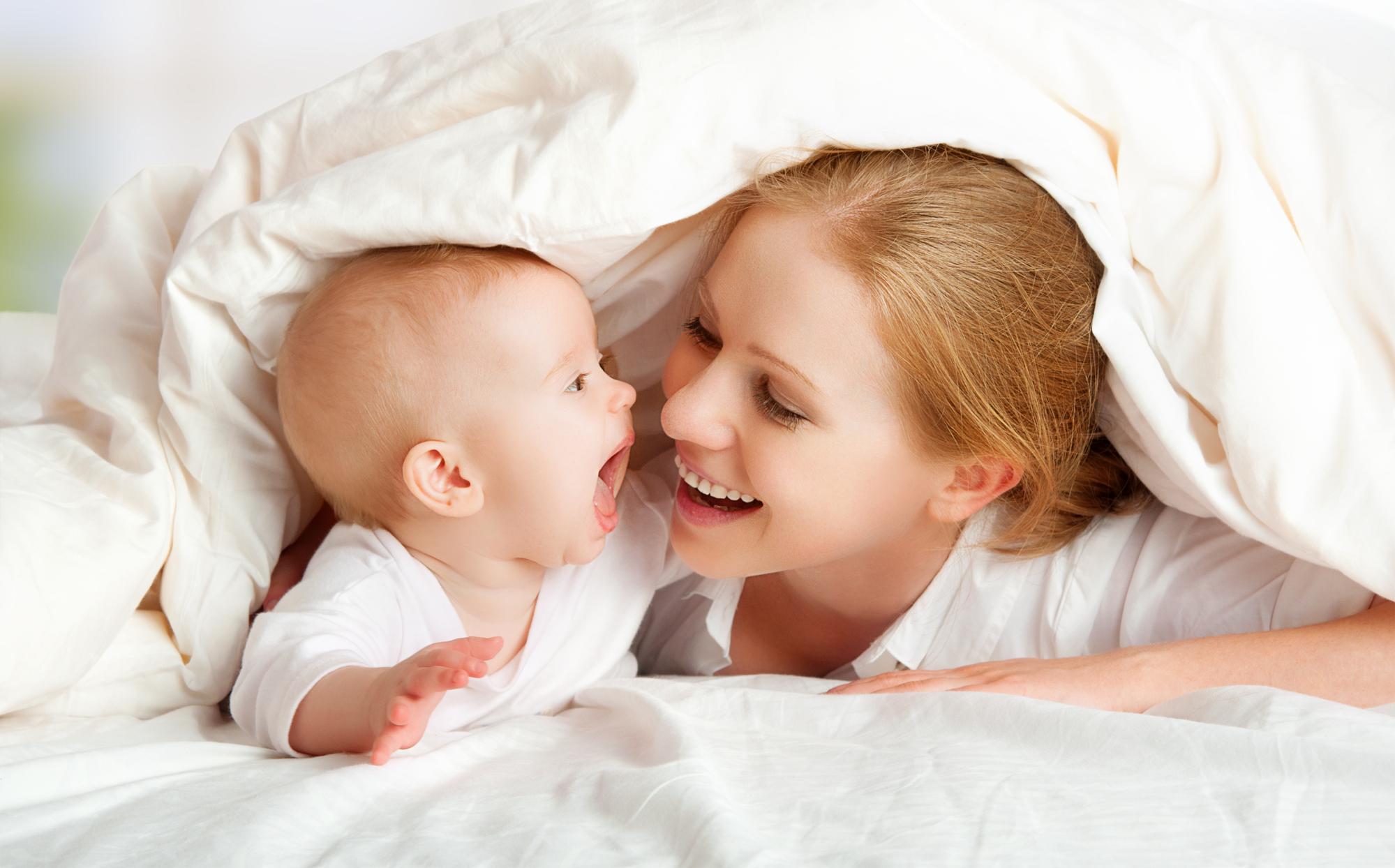 малюк і мама