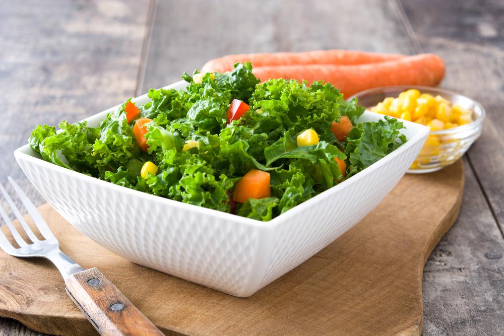 Свіжі овочі, зелень і ягоди