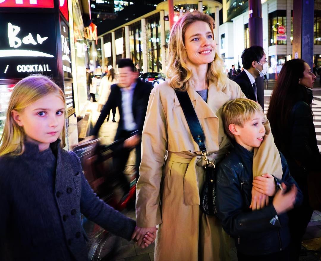 Наталія з дітьми