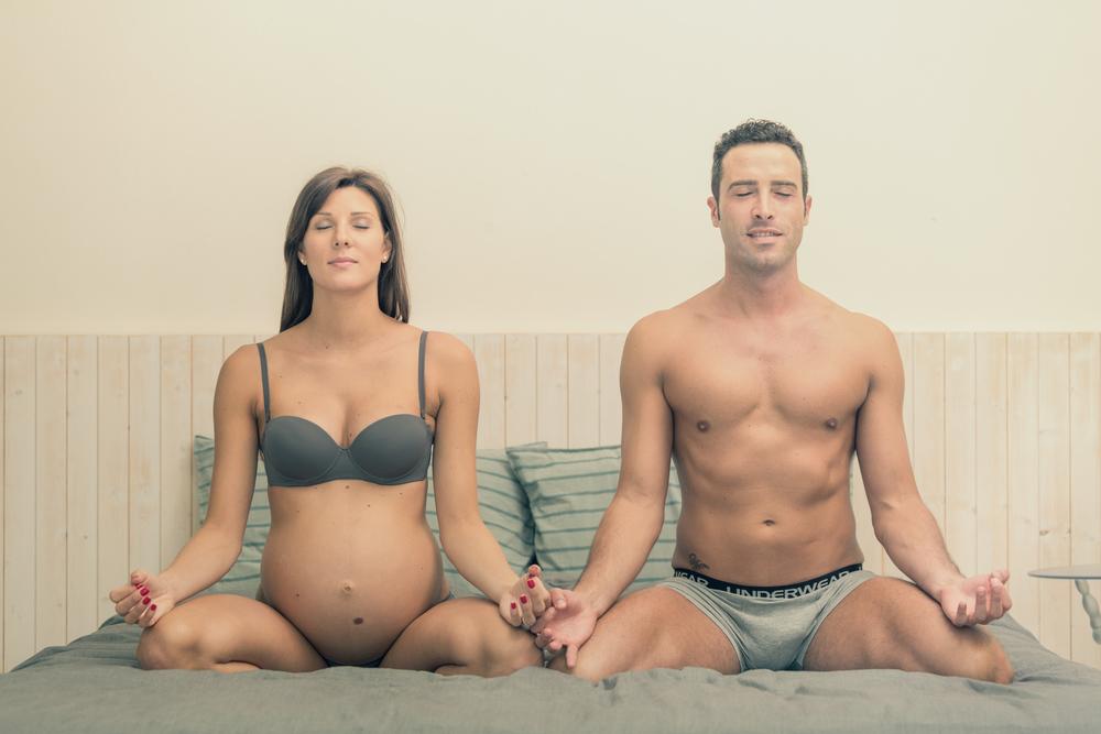 вагітна з чоловіком