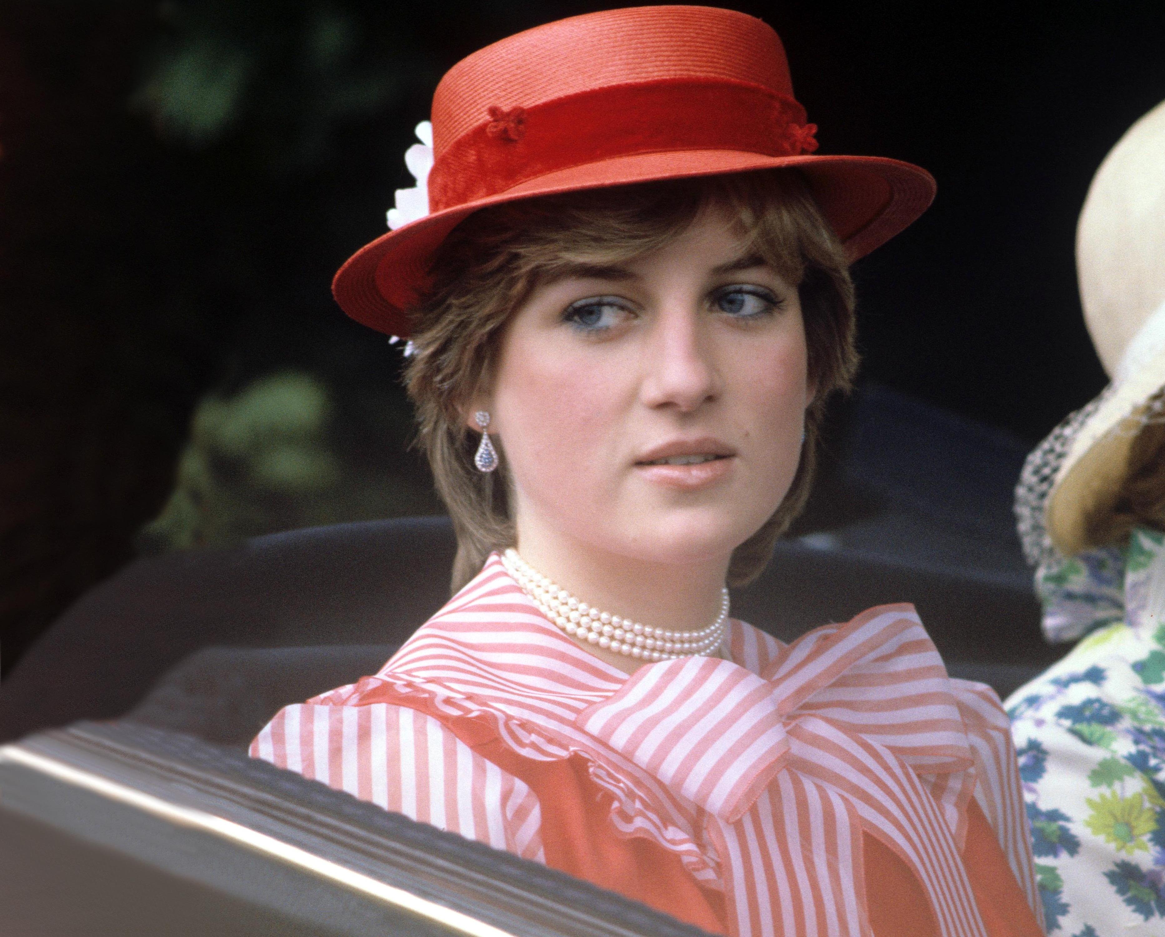 Королевские титулы и реверансы / почему кейт не получила 29