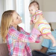 Як доглядати за новонародженим після виписки з пологового будинку  afcd08ec49b49