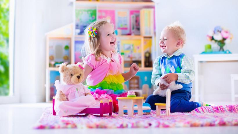Що подарувати дитині на 2 роки  добірка найкорисніших подарунків для ... 9dc6c5176767a