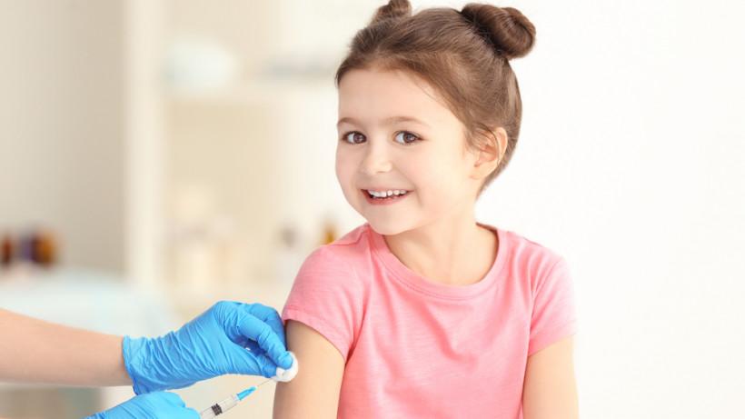 Прививка АДСМ: в чем ее отличие от АКДС, какие противопоказания вакцины от  дифтерии и столбняка