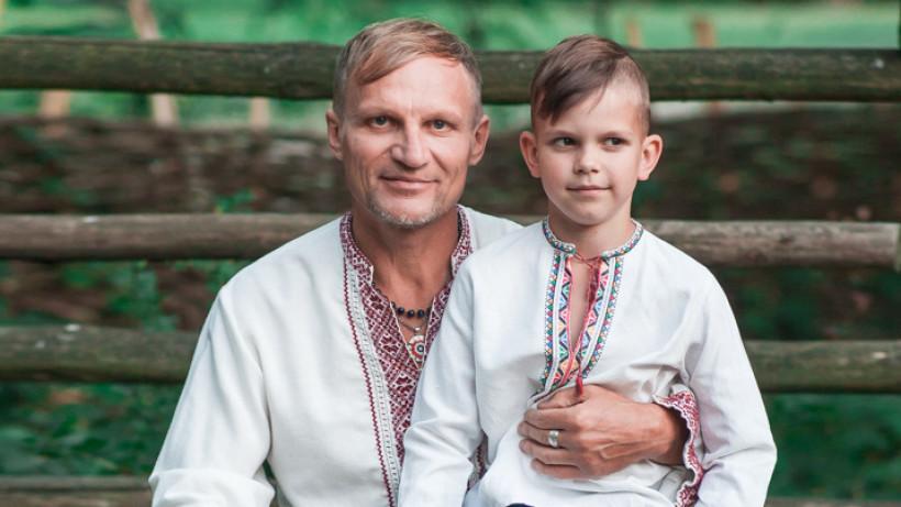 """Олег Скрипка:  """"Я друг і ніби джерело виконаних дитячих забаганок"""" Ексклюзив зіркового тата!"""
