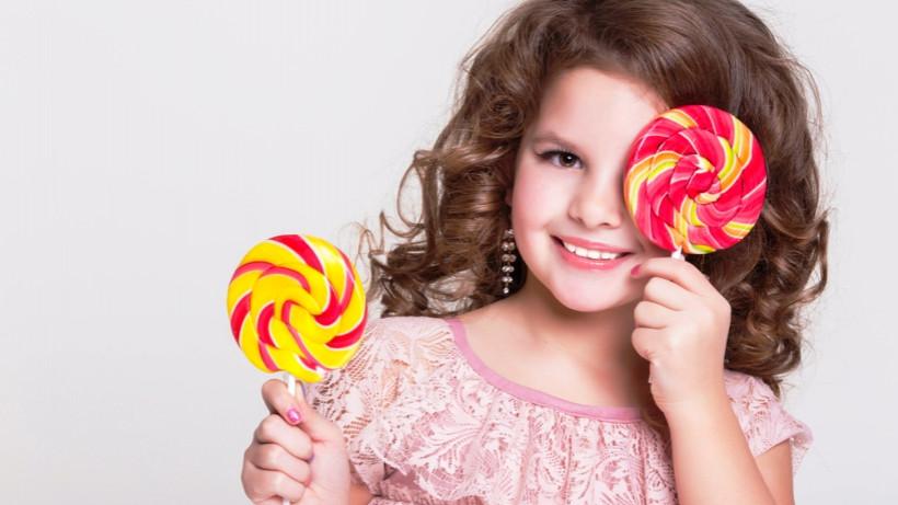 Если ребенок ест много сладкого